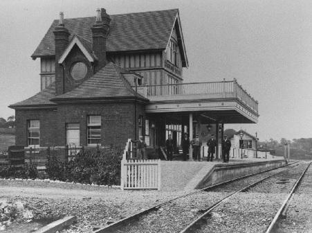 History - Kingswood Station c1900